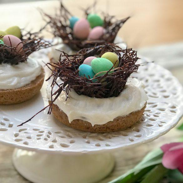 Des beignets au gâteau aux carottes pour Pâques