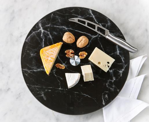 cheese cheeseplate cheeseboard cheese